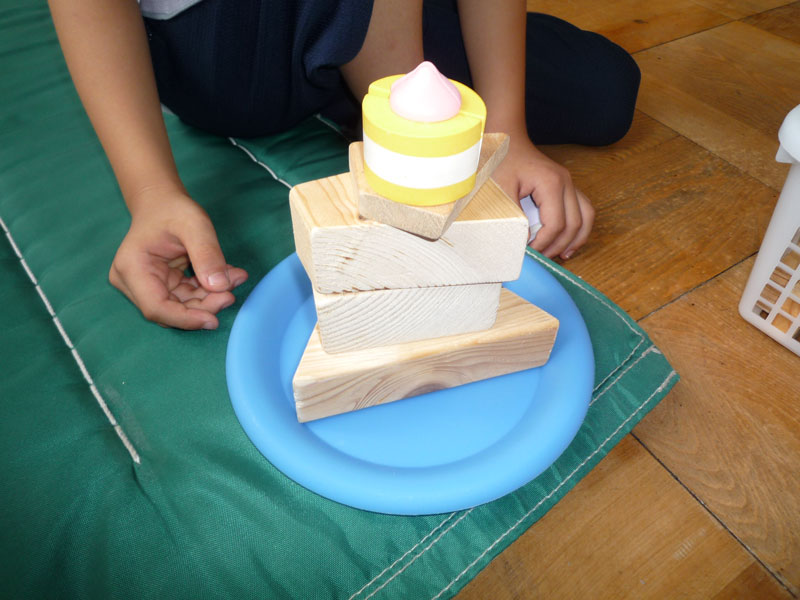 デリバリーケーキ